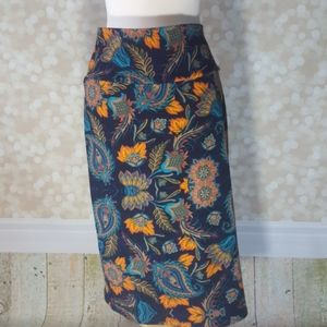 NWOT Lularoe Cassie Pencil Skirt XL